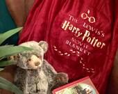 Personalised luxury Harry Potter Movie watching pom pom fleece blanket throw. Ideal gift.