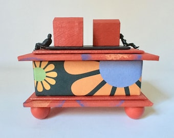 Handmade Gift Box in Bright Colord for Home or Office Decor