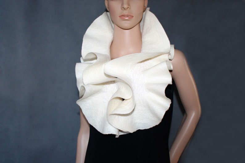 Handmade Felted Scarf collar neck warmer ivory wool scarf Made to order Ruffle scarf jabot White off Felt scarf