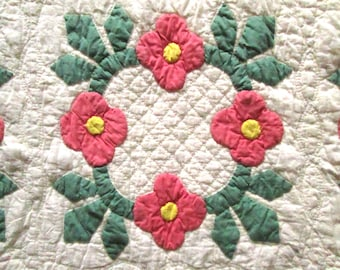 Vintage, Antique Rose of Sharon Applique Quilt, Hand Quilted