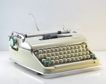 GORGEOUS 1962 Olympia SM5 Typewriter, Enamel White, Serviced in Superb Working Condition, New Ribbon, Mid Century,Case, Made Germany