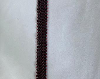 Black and Red Tiny Tiny Seed Bead (15s) Bracelet
