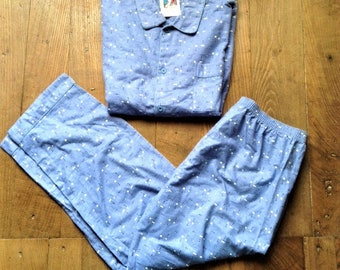 48639d6117 French Vintage Men Nightwear Sleepwear Classic Pajamas Set - 2 Pieces -  Light Blue Soft & Warm Flannel Cotton - Made in France - New - 2XL