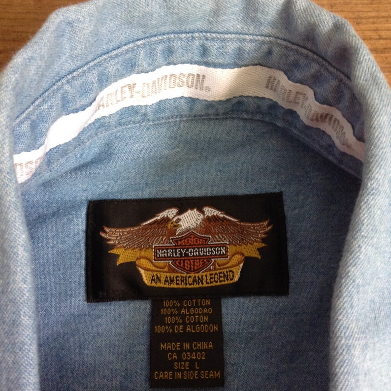 L ! Vintage Men Blue Denim Shirt /& Long Sleeves with Embroidered Logo New 19032003 Harley Davidson Motorcycle 100th Years Anniversary