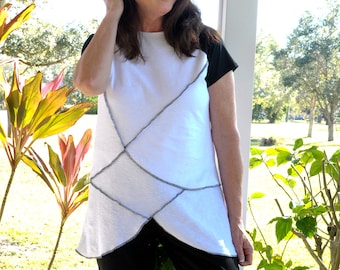 Small - XL white cotton knit top with black edging