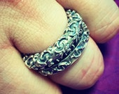Mens Solid 925 Sterling Silver Earth Fleur De Lis Stack Ring with a Raised Design and Antiqued Finish