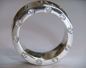 Chunky 925 Sterling Silver Ring Ten Diamonds Around Edge With Cross Ring Design