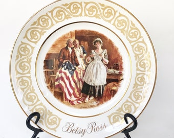 Avon Collectors BETSEY ROSS Plate 1973