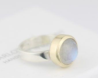 Moonstone ring. Moonstone with gold setting ring. Silver and gold ring.