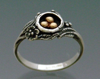 Eggs in Nest Ring Bi-metal - 14k and Sterling