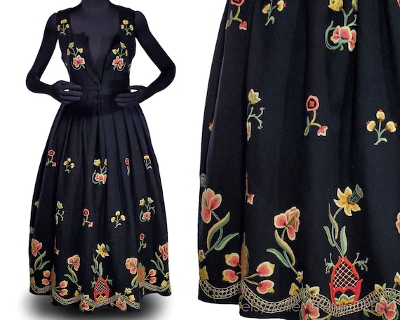 Gorgeous Norwegian bunad folk costume dress from G
