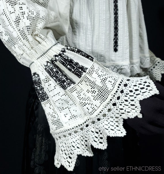 Vintage Croatian-Hungarian folk costume blouse fr… - image 6