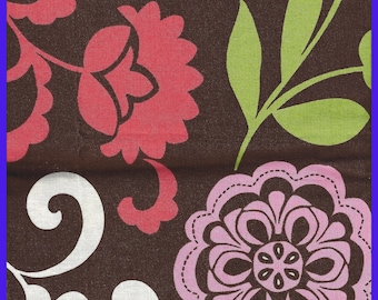 LOLA Vera Bradley Cotton Fabric, Fall 2013, Quilting, Purses, Totes, 20 x 54 inches, Coin Bag, Quilting, Bold Floral, Doll  Clothes, Hats