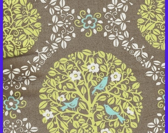 SITTIN' IN a TREE Retired Vera Bradley Cotton Fabric, Spring 2010, Choice Size 59 Inch Wide, Quilting, Wallets, Purses, Totes, Coin Bags