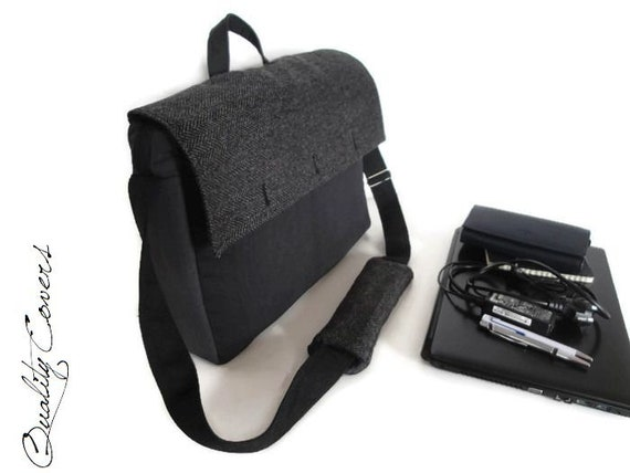 Ready to Ship UNIQUE Messenger laptop bag Christmas Sale    f1f20ee27