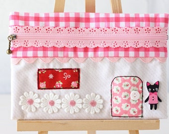 Zippered House Pouch PDF Sewing Pattern