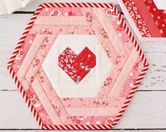 Hexie Heart Placemat PDF Sewing Pattern
