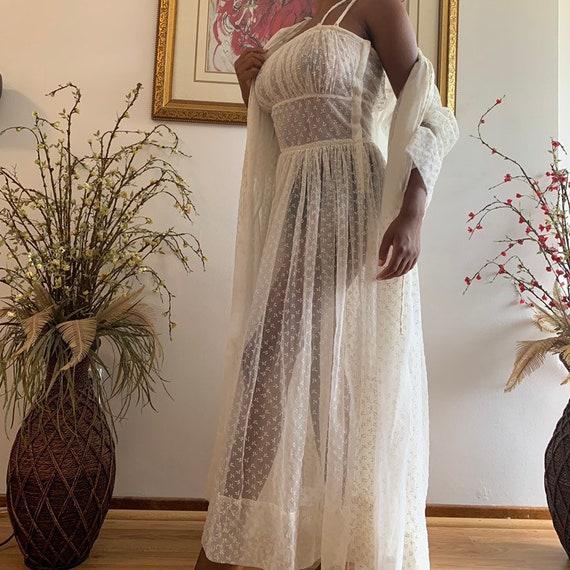 Vintage 1950s White Peignoir Lingerie Nightgown Se