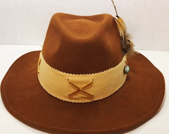 Beautiful Felt and Leather Cowgirl Hat with Feathers and Turquoise size M d5a103f1e527