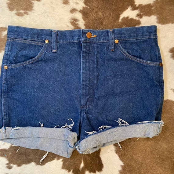 "Vintage Dark Rinse Wrangler Denim Jean Cut Off Shorts waist 34"""