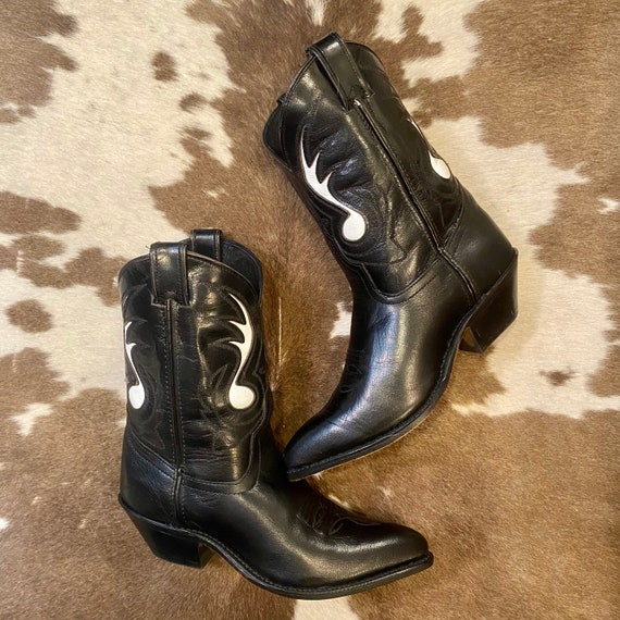 Vintage Code West Cowgirl Ankle Booties Black Leather with White Music Note Inlays women's size 6 M