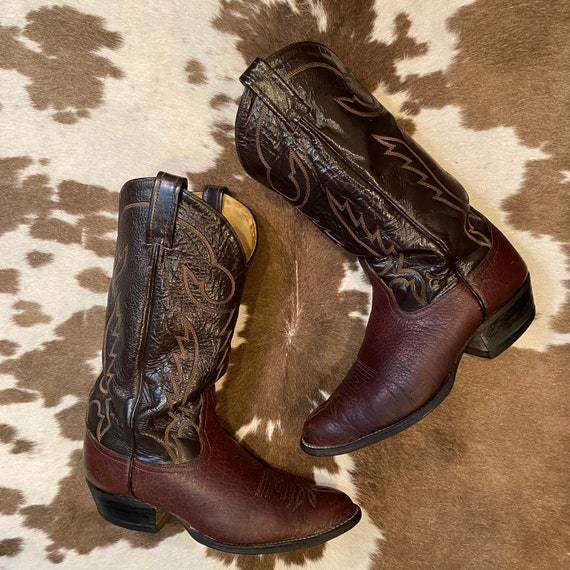 Dark Brown Leather Tony Lama Cowboy Boots with Fancy Stitched Vamps men's size 8 EE women's size 9 1/2 W