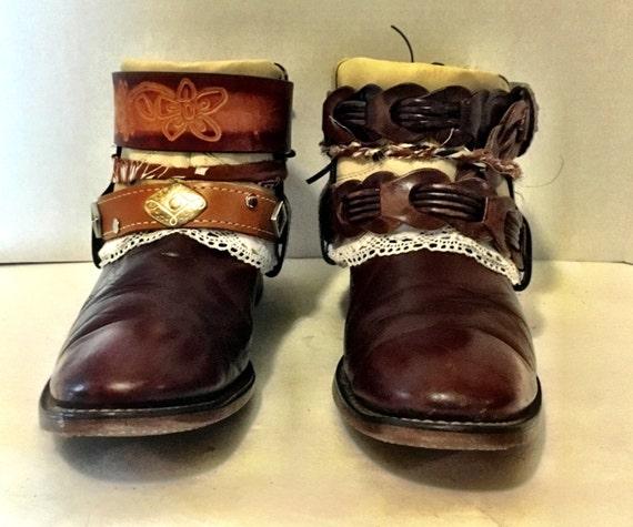 Vintage Laredo Mahagony Belt Booties with Lace size 8 to 8 1/2