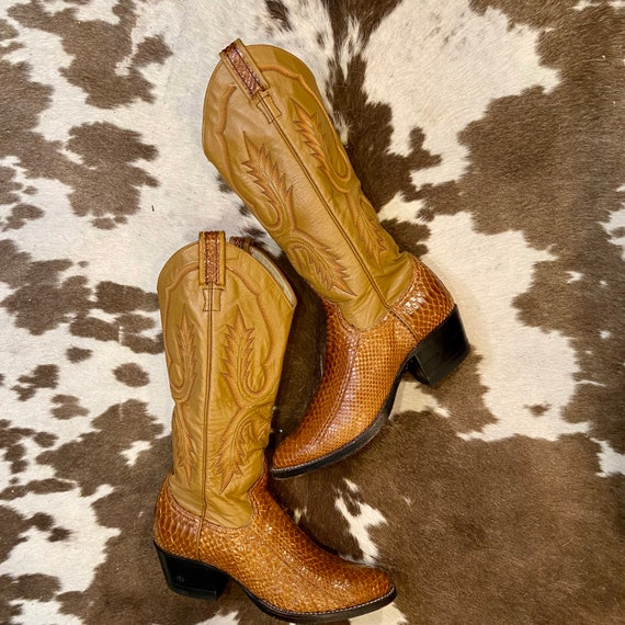 Gorgeous Exotic Tall Tan Snakeskin and Leather Larry Mahan Cowgirl Boots with Fancy Stitched Vamps women's size 6 1/2 M