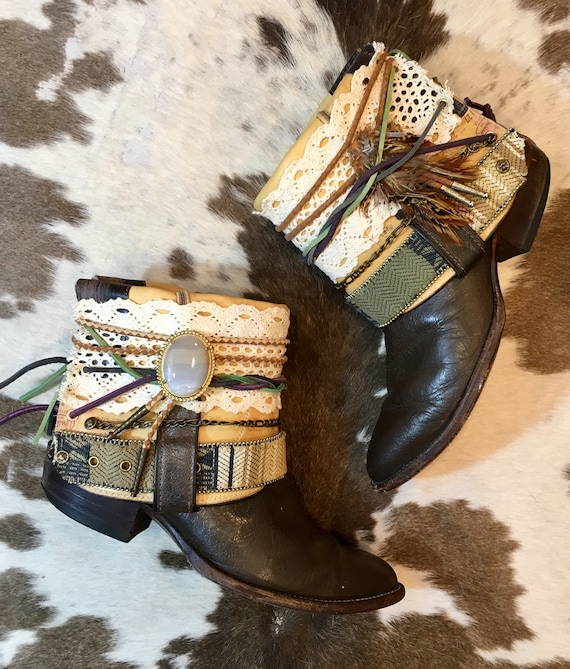 Vintage Boho Justin Cowgirl Booties Ankle Boots SIze 9 M