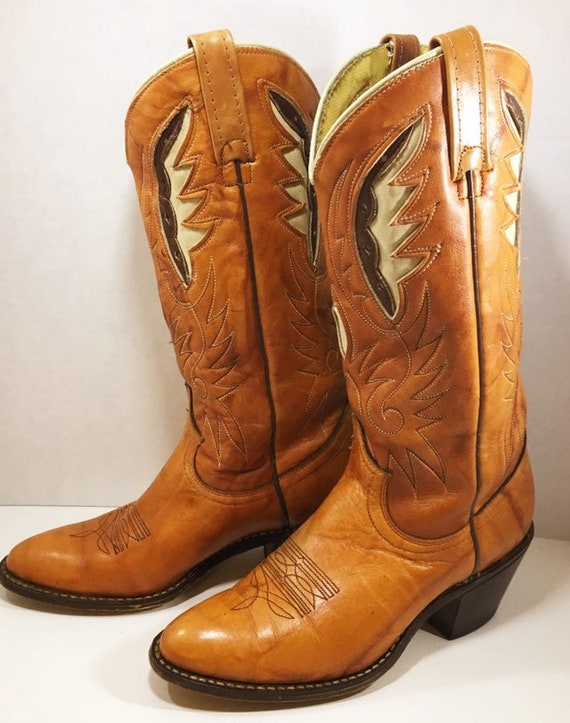 Vintage Tan Acme Cowgirl Boots with Feather Inlays size 6 1/2M