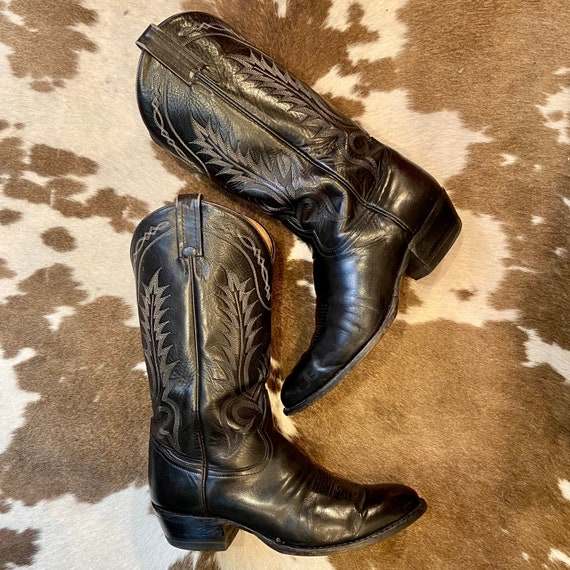 Black Leather Tony Lama Cowboy Boots with Fancy Stitched Vamps men's size 9 D women's 10 1/2 to 11