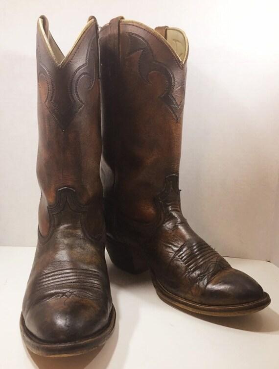 Acme Dingo Handpainted Cowboy Boots size 9 1/2 EW