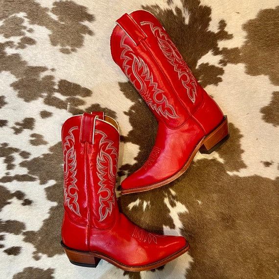 Vintage Nocona Red Leather Wetern Cowgirl Boots with Fancy Stitched Vamps women's size 7 1/2 B