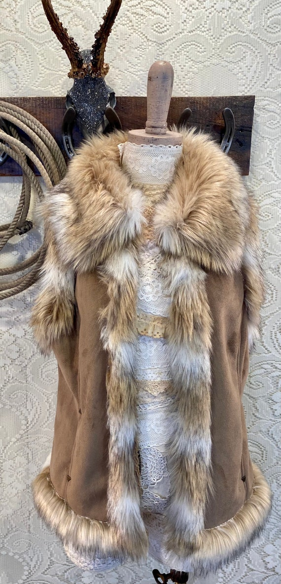 Faux Fur and Suede Tan and Cream Open Scully Vest size M