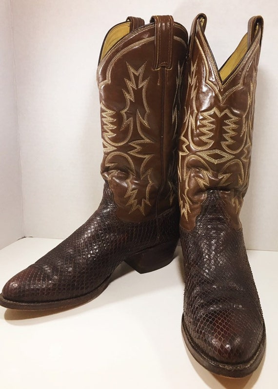 Brown Exotic Snakeskin Tony Lama Cowboy Boots Men's size 8 1/2 D, woman's size 10