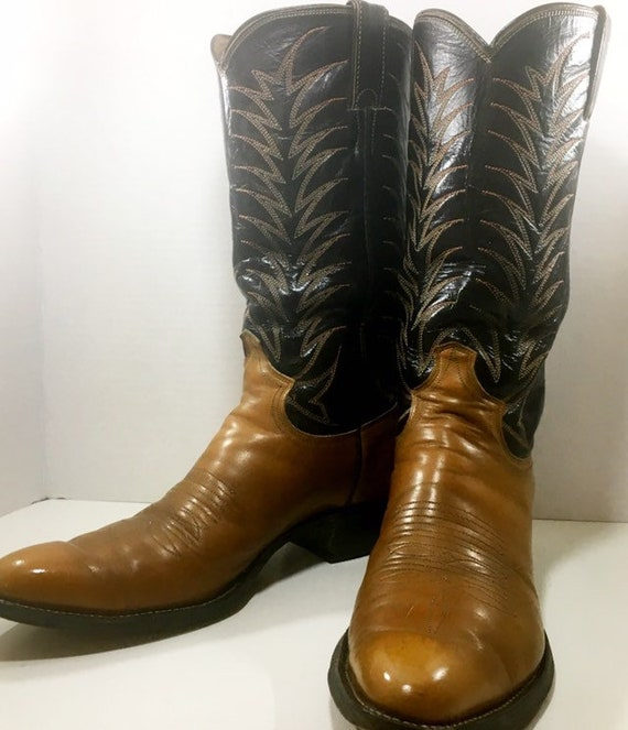 Brown Stiched Justin Cowboy Boots size 8 1/2B