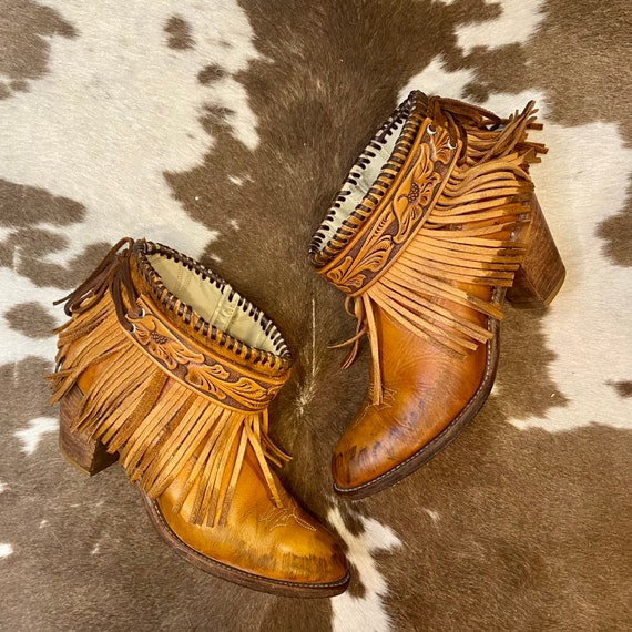 Handcrafted Vintage Acme Cowgirl Western Ankle Booties with Leather Fringe and Western Belt women's size 8 M