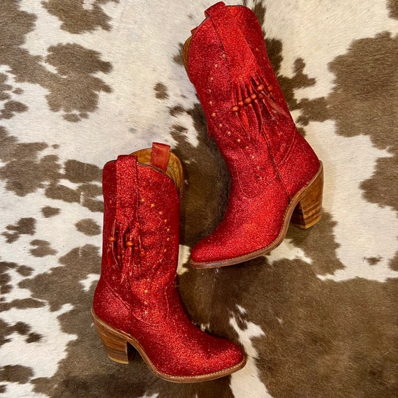 Vintage Ruby Red Miss Capezio Fringe Cowgirl Boots with Glitter and Star Inlays women's size 7 M
