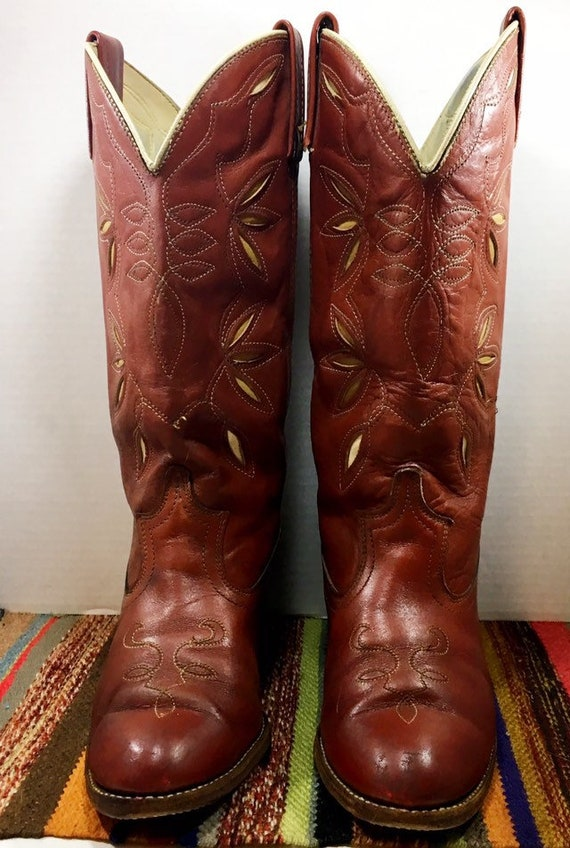 Brick Red Acme Cowgirl Boots with stitching and inlays woman's size 8 1/2M