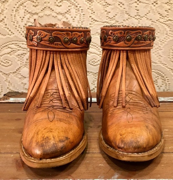 Tan Fringe Acme Cowgirl Booties with Western Belt women's size 7 1/2 to 8