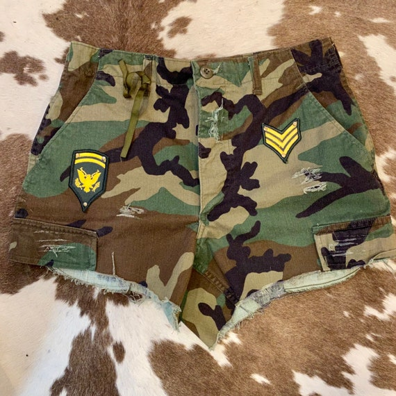 "Handcrafted Vintage Army Camouflage Cut Off Shorts with vintage Military Patches size Small 27""-31"""