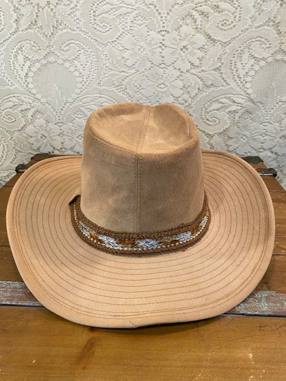 Tan Sueded Larry Mahan Cowboy Hat with Woven Hat Band size 7 3/8
