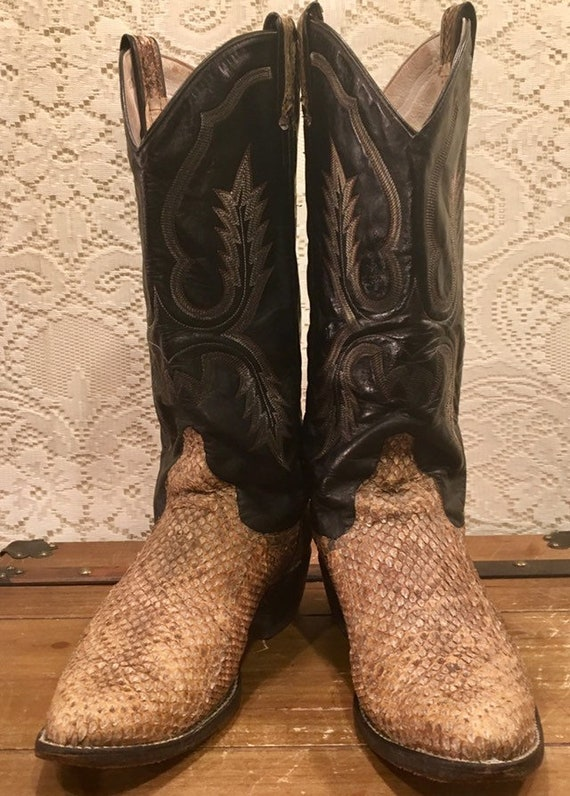 Black Stitched Leather and Snakeskin Cowboy Boots from Larry Mahan men's size 8.5 D woman's size 9 1/2 to 10