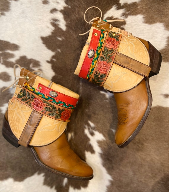 Vintage Tan Leather Justin Cowgirl Boho Booties with Rose Belt size 8 B