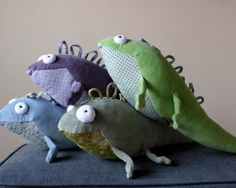 Iguana plushie, Little Lizard Plush Toy, Soft Plush Agama, Happy Colorful Iggy Nursery Decor