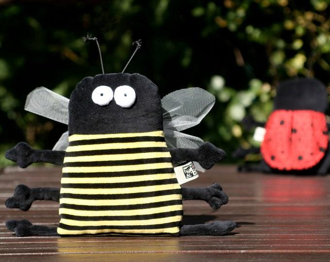 Muma Honey Bee Plushie, Little Pocket Bee Stuffie Toy, Funny Insect Pocket Plush