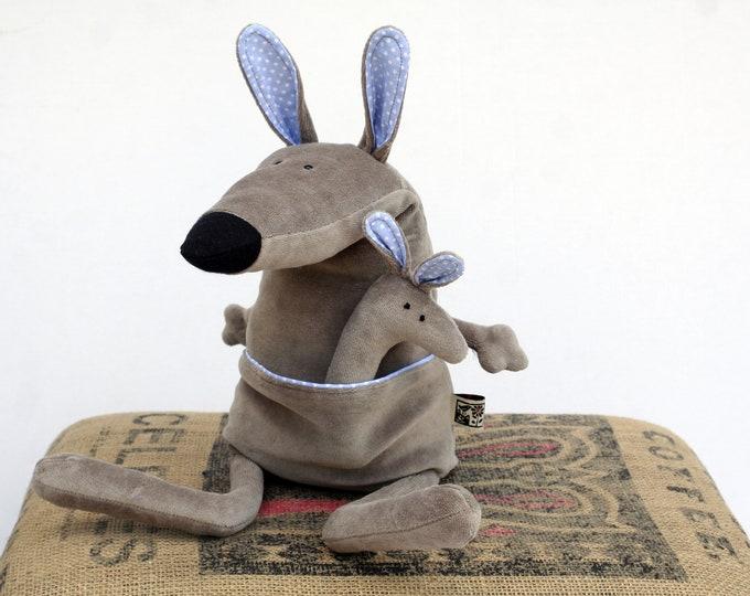 RtS Baby Ponca Kangaroo, Little Wallaby Plush Ready to Ship, Soft Kangaroo Toy, Funny Plush Baby Kangaroo