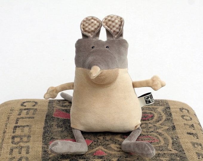 RtS Elephant Shrew Plushie, Short Eared Elephant Shrew Muma Ready to Ship. Cute Little Pocket Mammal Stuffie Toy