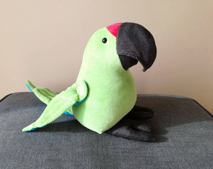 Great Green Macaw Plush Birdie, Cuddly Parrot Soft Toy