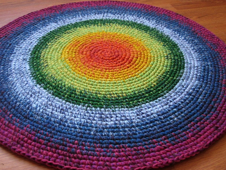 Happy Rainbow Rug 30'' in diameter hand made in the image 0